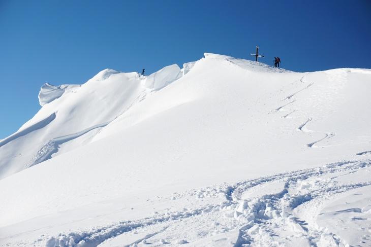 Abfahrt vom Pleschnitzzinken. Bis ins Tal sind es mehr als 1.400 Höhenmeter.