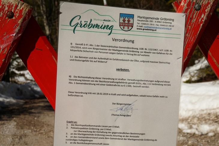Anfang Jänner (Lawinengefahr) und Ende Februar (Eis- und Steinschlaggefahr) war die Öfen-Straße gesperrt.