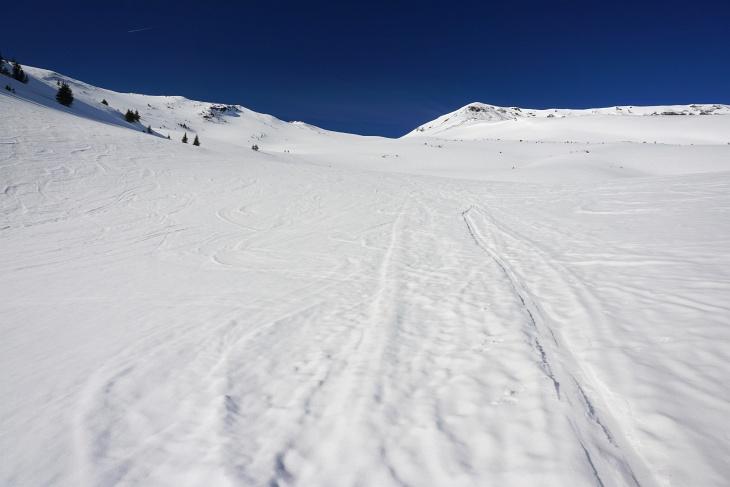 Aufstieg Richtung Kalkbretterkopf, wo mir auch am Nachmittag noch sehr gute Abfahrtsverhältnisse vergönnt waren.