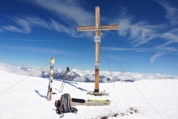 Beim Gipfelkreuz am Silberpfennig