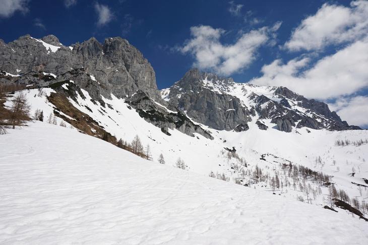 Lediglich im untersten Abschnitt Richtung Türlwandhütte wurde es stellenweise schon etwas weich.
