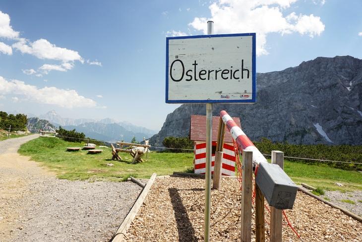 Grenzwechsel hatten wir heute einige vorgenommen, da die Route streckenweise genau an der Staatsgrenze Österreich-Italien verläuft.