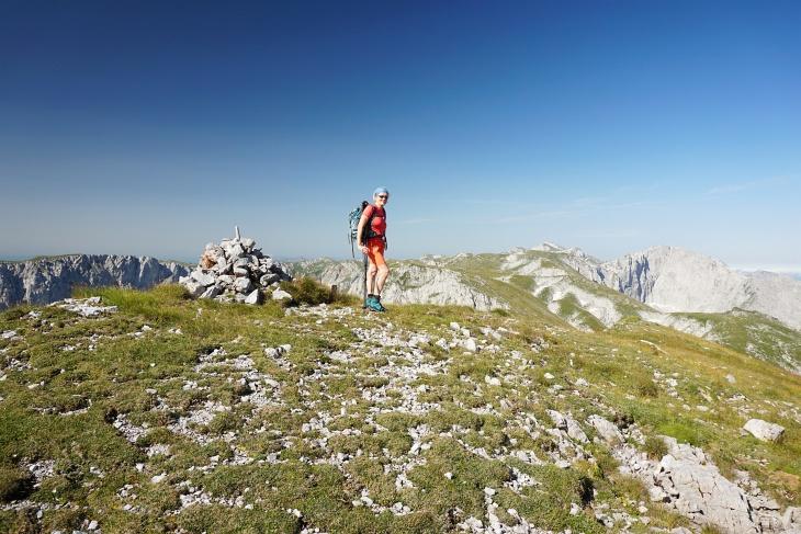 """Ingrid hat mittlerweile den Überblick über die Anzahl der bereits """"erklommenen"""" Gipfel verloren. Der wievielte Gipfel ist der Krautgartenkogel jetzt bereits?"""