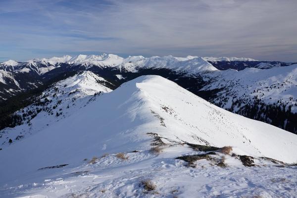 Blick vom Hintergullingspitz Richtung Osten über die Rottenmanner Tauern