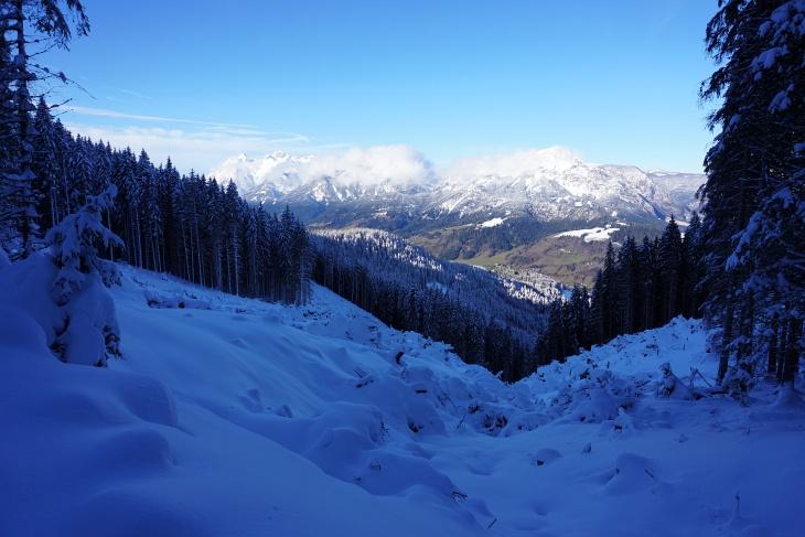 Oberhalb von etwa 1.000 Meter Seehöhe wird es weiß ...