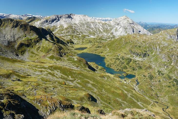 Blick über die Giglachseen zu Lungauer und Steirischer Kalkspitze.