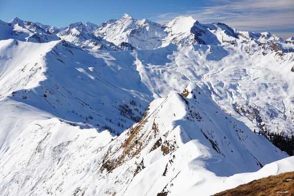 Imposante Ausblicke zu den 3.000-ern Wiesbachhorn und Hoher Tenn