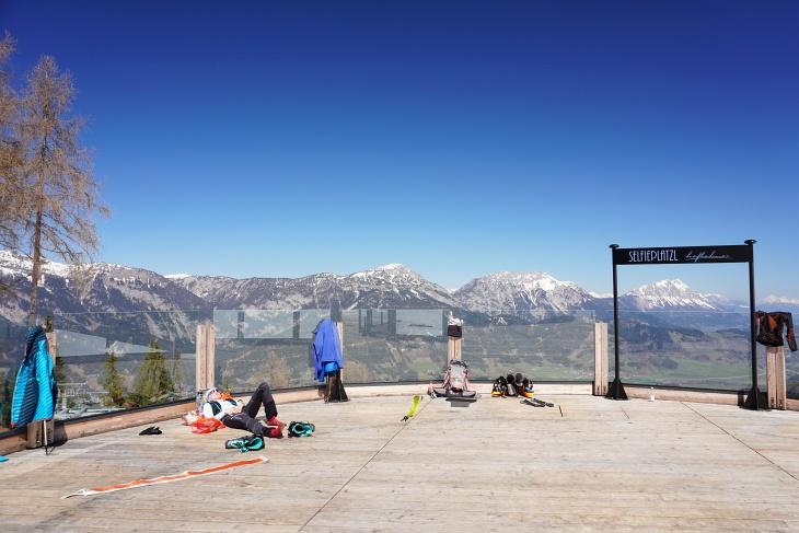 Genussplatzl mit Top-Aussicht bei der Höflehnerhütte
