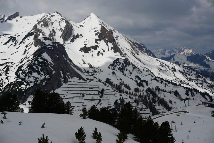 Der steilste Anstieg führt uns bei durchwachsenen Wetterverhältnissen auf die Gamsleitenspitze (Foto-Standort: Gegenüber am Schaidberg)